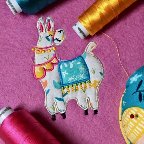 Llama machine embroidery applique design 4x4 hoop